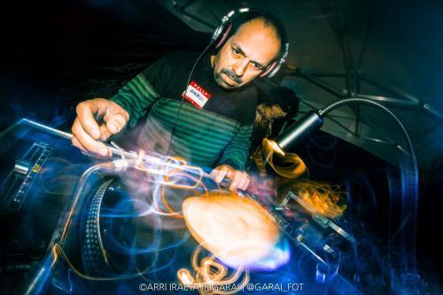 Olariusen Brothersak DJs